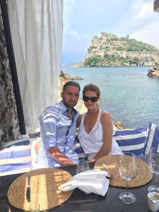 Traian cu soția sa, Oana. foto: arhivă personală