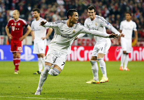 830-cristiano-ronaldo-reaction-after-scoring-free-kick-goal-in-bayern-munich-0-4-real-madrid